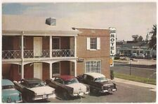Postcard VA The Towne Motel Alexandria, Virginia, Cars, Howard Johnson's 1950s
