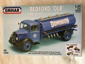 Emhar 1/24 Bedford 'OLB' LWB 'O' Series 5-ton Tanker plastic model kit 2403