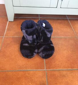 Camouflage Slipper Boots UK Size 4, EU 37