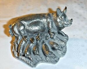 """EXQUISITE SILVER PLATED SOW & HER FEEDING PIGLETS  ART; BD202B MADE IN ITALY 2""""H"""