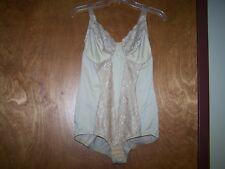 Ladies Flexees Body Control Shapewear Bra Panty Slimmer Briefer 38D Beige Euc