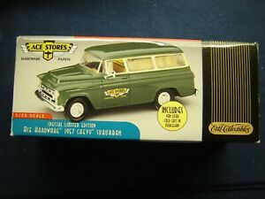 ERTL Collectibles 1957 Chevy Suburban 1/25 Scale ACE Stores Die-Cast Model