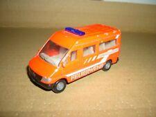 SIKU Mercedes Benz FEUERWEHR Kleinbus 0804