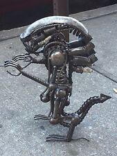Folk Art (Aliens-Junk Art)
