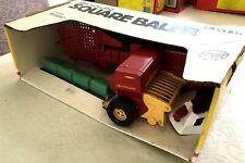 ERTL Diecast NEW HOLLAND SQUARE BALER 318 New Box 1:16 BRITAINS 1986