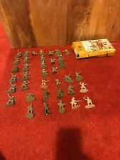 Vintage Airfix Military Series 35 WWII British Commandos 1:32 Scale Figures 1969