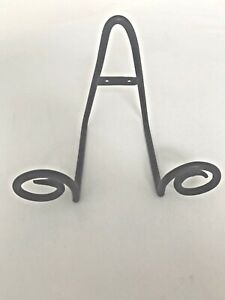 Scroll Single-Plate Wrought Iron Stand or Wall Hanger
