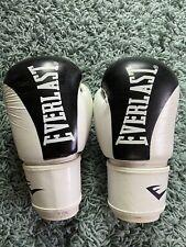 Everlast Boxing Kickboxing Elite Training Gloves Muay Thai White / 10 Oz