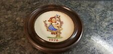 M.J. Hummel Hand Painted 6th Annual Plate 1976 Hum 269 W. Germany in Frame (635)
