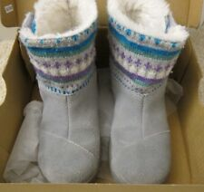 Tiny TOMS Nepal Boot Boots in Gray Suede Fair Isle Size 9 w/ Original Box