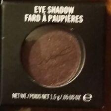 Mac Cosmetics Fard à Paupieres Matte Pressed Eyeshadow Beauty Marked Black-Red