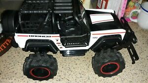 Working New Bright White Ford Bronco RC Car Truck EXCELLENT Condition No Remote