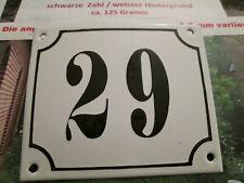 Hausnummer Emaille Nr. 29 schwarze Zahl auf weißem Hintergrund 12 cm x 10 cm