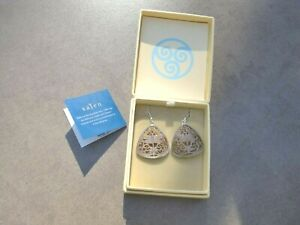 NIB~SAJEN~STERLING SILVER~PEACH SHELL CARVED DRAGONFLY EARRINGS~EXQUISITE~UNIQU