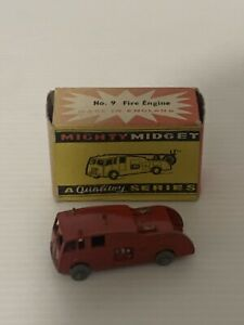 BENBROS 9 FIRE ENGINE MADE IN ENGLAND.