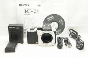 """420 shots"" PENTAX K-01 16.0MP Digital Camera White / Black Body Only #210301g"