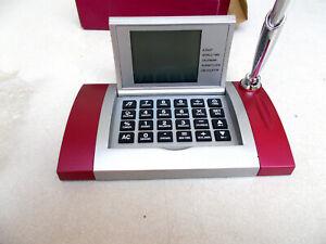 Schreibtisch Top Digital Uhr Alarm-Calculator mit Kugelschreiber.neue in OVP..