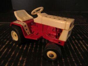 International IH Cub Cadet Lawn & Garden Tractor Spirit of '76 1/16 Diecast