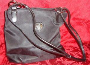 NEW 2003 Avon Silvertone Heart Black Handbag Purse with Key Fob Stock# F14702-1