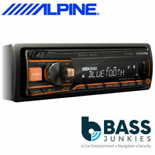 Alpine UTE-200BT Bluetooth Car Radio - Black