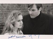 Gerard Depardieu & Sandrine Bonnaire Autogramme signed 18x24 cm Bild s/w