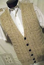 EXCELLENT Carraig Donn Ireland Mens Oatmeal Sweater Vest M Leather Buttons Wool