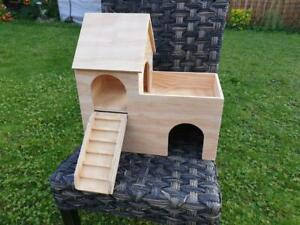 Guinea Pig House Castle Shelter two tiered Hideout Hideaway Hutch Play