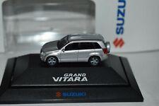 1/87 Rietze Suzuki Grand Vitara SUV Geländewagen silber PC Box