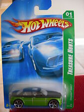 Hot Wheels Treasure Hunts Chrysler 300C Green / black
