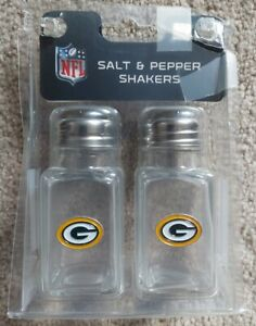 NFL Green Bay Packers Glass Salt And Pepper Shaker Set NEW & On SALE!