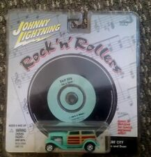 Johnny Lightning Rock 'N' Rollers Series SURF CITY WOODY JAN & DEAN + CD SEALED