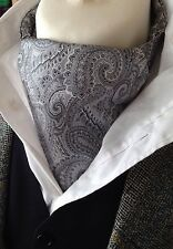 Mens Jaquard 100% silk ascot day cravat (TDG) Silver and Grey