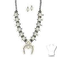 """White Silver Tone Squash Blossom 30"""" Necklace Western Chic Cowgirl Gypsy Rodeo"""