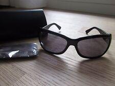 Sonnenbrille, Rahmen Glas schwarz silberfarbenes Logo, m Hülle, Fendi ungetragen