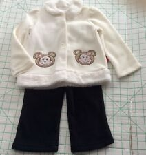 NEW   18M  2pc Button Front Fleece  2pc Outfit  Off White Top Black Pants BEARS