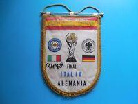 """Gagliardetto """"Coppa del Mondo Espana82"""" Finale Italia/Germania - Italia Campione"""