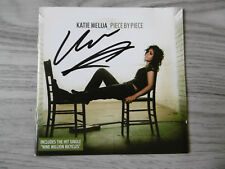 "Katie Melua Autogramm signed CD Booklet ""Piece By Piece"""