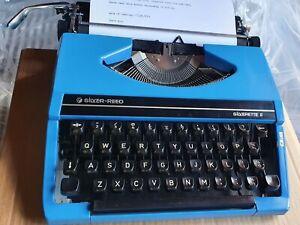SILVER-REED SILVERETTE II TYPEWRITER VINTAGE RETRO PORTABLE WORKING BLUE <5 KG