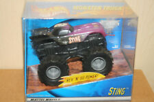 Hot Wheels Monster Jam Rev TredZ STING