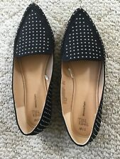 Ladies Size 11 Wide Flats Black With Embellishment