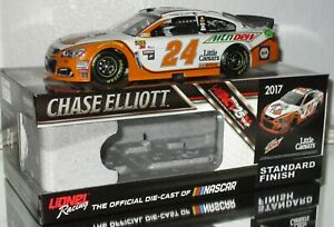 2017 Chase Elliott #24 MOUNTAIN DEW LITTLE CAESARS 1/24 car#931/1057 AWESOME