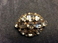 Stunning Vintage Clear Faceted Rhinestone Brooch Gold Tone Metal