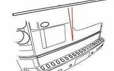 LAND ROVER DISCOVERY 3 4 REAR LOWER TAILGATE CHROME STRIP