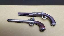 Genuine Disney Hot Toys DX06 POTC Captain 1:6 action figure 2 hand guns/ pistol