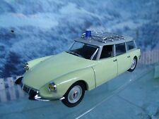 1/43  Norev   Citroen ID 19 Ambulance 1963