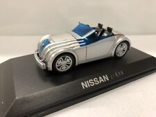 nissan jikoo   collection concept cars 1/43 altaya neuf socle plastique