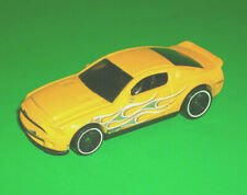 ## HOTWHEELS YELLOW '10 2010 SHELBY GT500 SUPER SNAKE FORD MUSTANG THAILAND