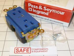 Pass & Seymour 5262-BLSP Surge Protector Receptacle Alarm LED Blue 15A 125V C54