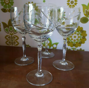 Set Of 4 Crystal Wine Glasses Swirl Design Tall Unsigned Great Quality (20)