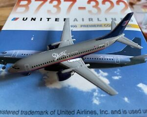 1:400 Dragon Wings United Airlines Boeing 737-322 N384UA 'Shuttle by United'